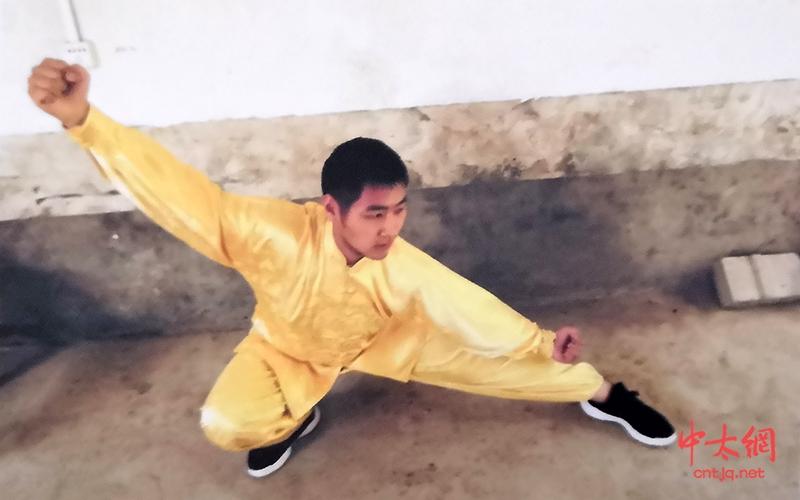 太极拳高级教练——崔性哲