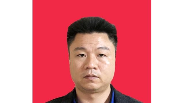 太极拳中级教练——黄军