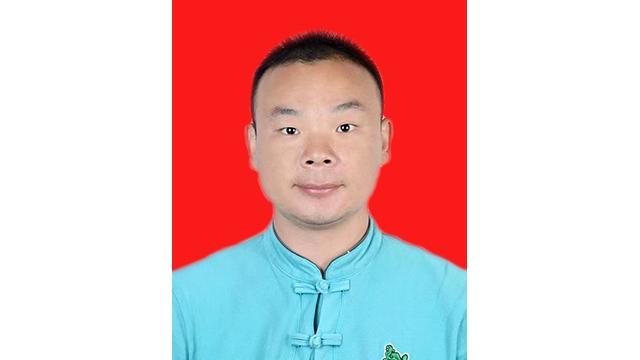 太极拳高级教练——丁文顺